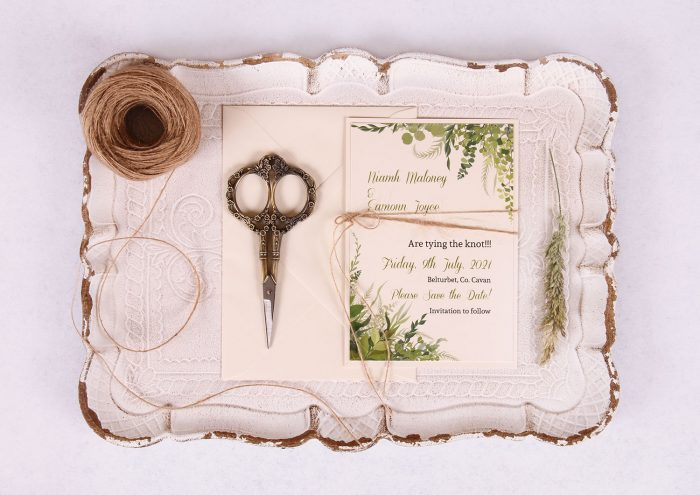 Save the Date Invitation with Leaves & Twine Nádúr