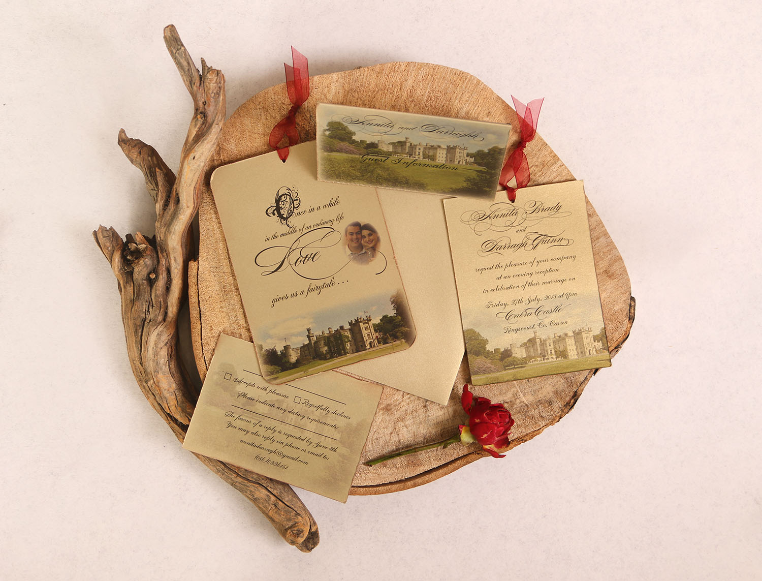 Fairytale Invitation Gold